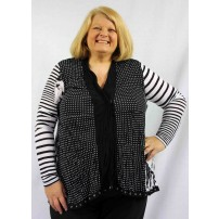 Jeni crush cardi in black and white print with spots